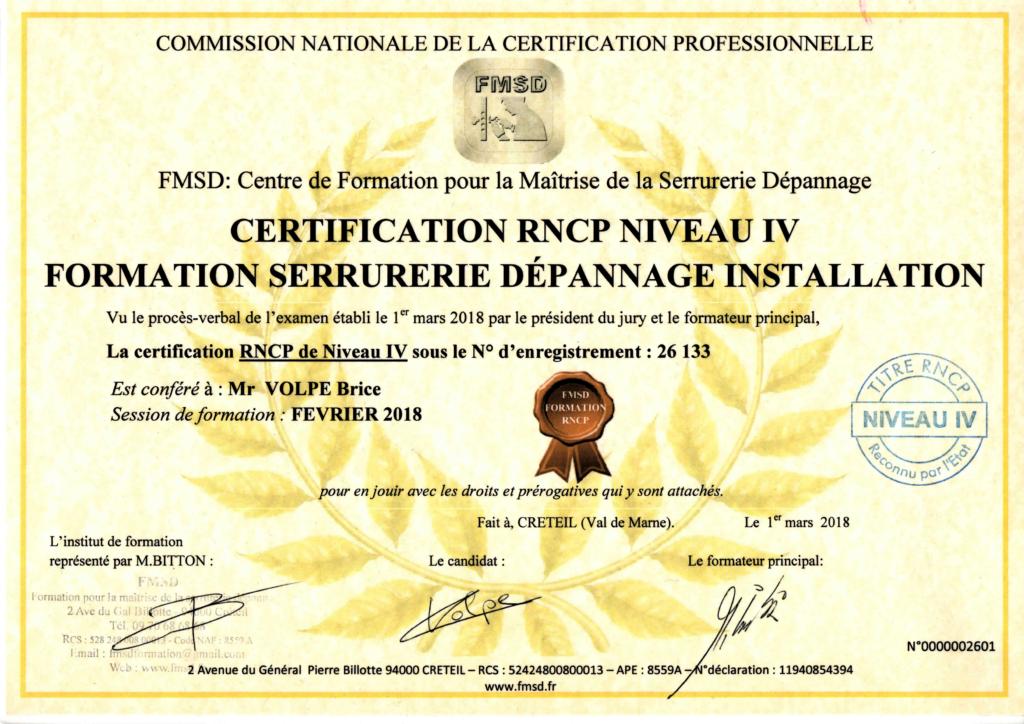 photo diplôme certifiant serrurier